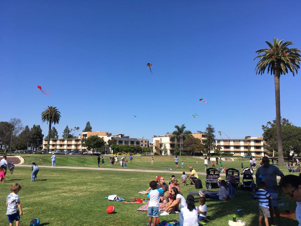 Kite flying at LMU